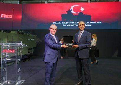 Silah Taşıyıcı Araç (STA) Projesi kapsamında ilk iki araç TSK'ya teslim edildi